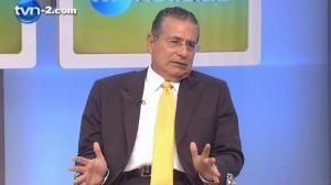 Ramón Fonseca, en el canal panameño TVN-2 Foto: TVN-2